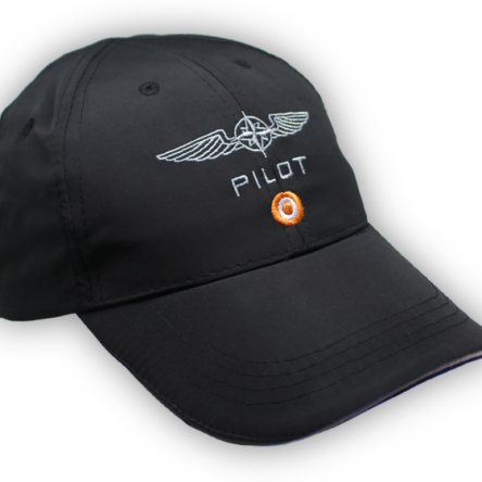 Шапка с козирка Pilot